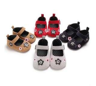 🚚 🌟PM for price🌟 🍀Baby Girl Flower Soft Sole Anti-slip Shoes🍀