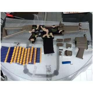 nerf full auto select fire qhx mp4 blaster with 2 body kits and 100 darts bundle, camo version