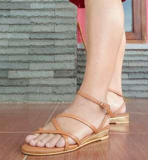 Sandal Guelder collection