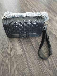 Black Sling Hanbag