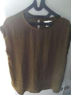 Hnm green boxy top