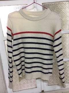 米白色條紋毛衣/可穿至小L/很保暖