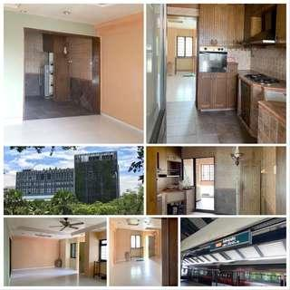 FOR SALE: 4RM Blk 790 Woodlands Ave 6