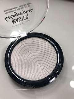 Maybeline holographic highlighter