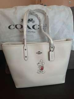 Brandnew Coach x Mickey Mouse tote bag
