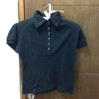 black tshirt / kaos berkerah hitam