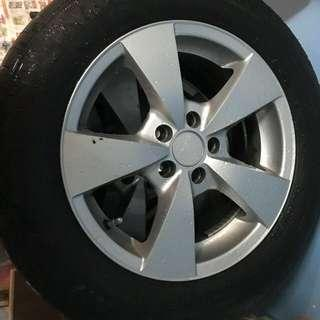 15inch stock toyota rims with tyres