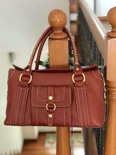 9c54ef9624 Authentic vintage Celine leather bag with front pocket