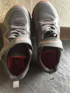 skechers shoes anak