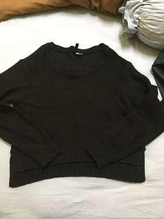 H&M sweater knit black top