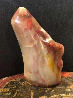 🚚 讓藏 材質:雞血石 高約8.5公分 出清價$6800 無貨到付款喔🙏🏻