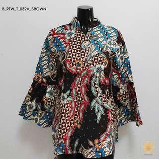 Batik Mandarin collar in bell sleeves (Brown)