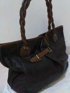Authentic Chloe Ladies Tote Handbag