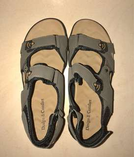 299f337f0da4 BNIB Khaki Men s Sandals