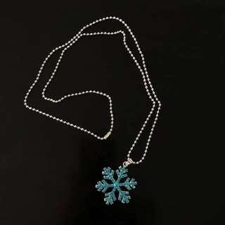New Snowflake pendant necklace with ball chain