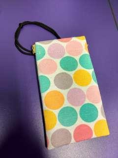 Japanese modern pattern spring lock mobile pouch 彩色波點 小袋子