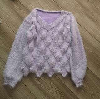 淺紫上衫 (毛質鬆軟)