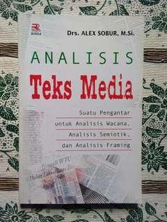 Analisis Teks Media