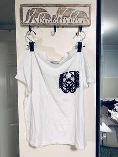 🚚 Zara T-shirt