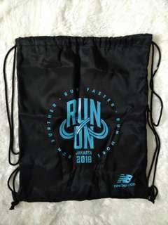 New Balance Run On 2018 String Bag