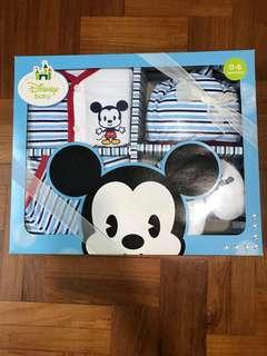 Disney Newborn Baby Gift Set