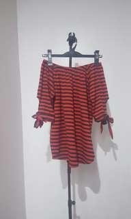Off shoulder cotton blouse