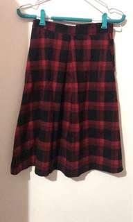 🚚 暗黑風蘇格蘭紅長裙