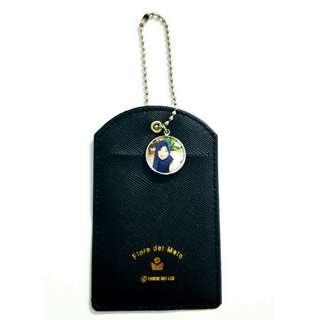 🚚 Customized cardholders