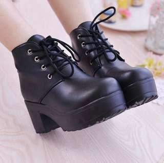 [PO] Chunky Platform Laced Ankle Boots