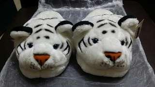 🚚 Bedroom Slippers White Tiger