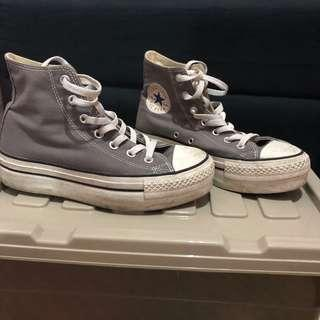 Converse High Cut high heeled