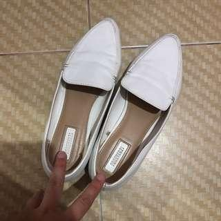 Forever 21 shoes white