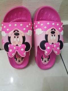 Girl's Slippers (Mini Mouse)