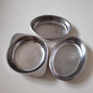 Stainless steel dish ware