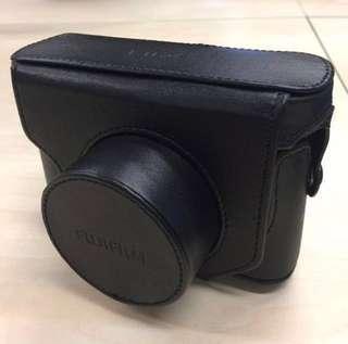 全新原裝行貨 Fujifilm 富士 X10 皮套 皮袋 相機帶 Leather Case with Strap Black 黑色 FLC-X10 #sellfaster