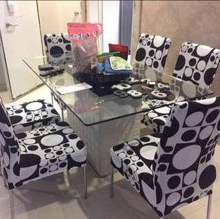Dressing up your dining chairs with this cover