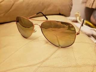 Sun glasses 太陽眼鏡