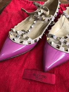 Authentic VALENTINO caged flats