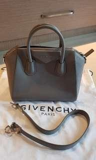 AUTHENTIC GIVENCHY ANTIGONA SMALL GRAY GRAINED 2017/ branded bag/ original/