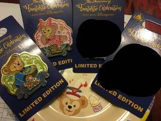 迪士尼13週年徽章 襟章 Disney pin : duffy and friends
