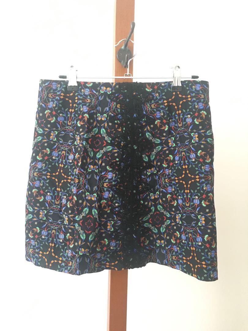 AS NEW Zara Skirt - Size S