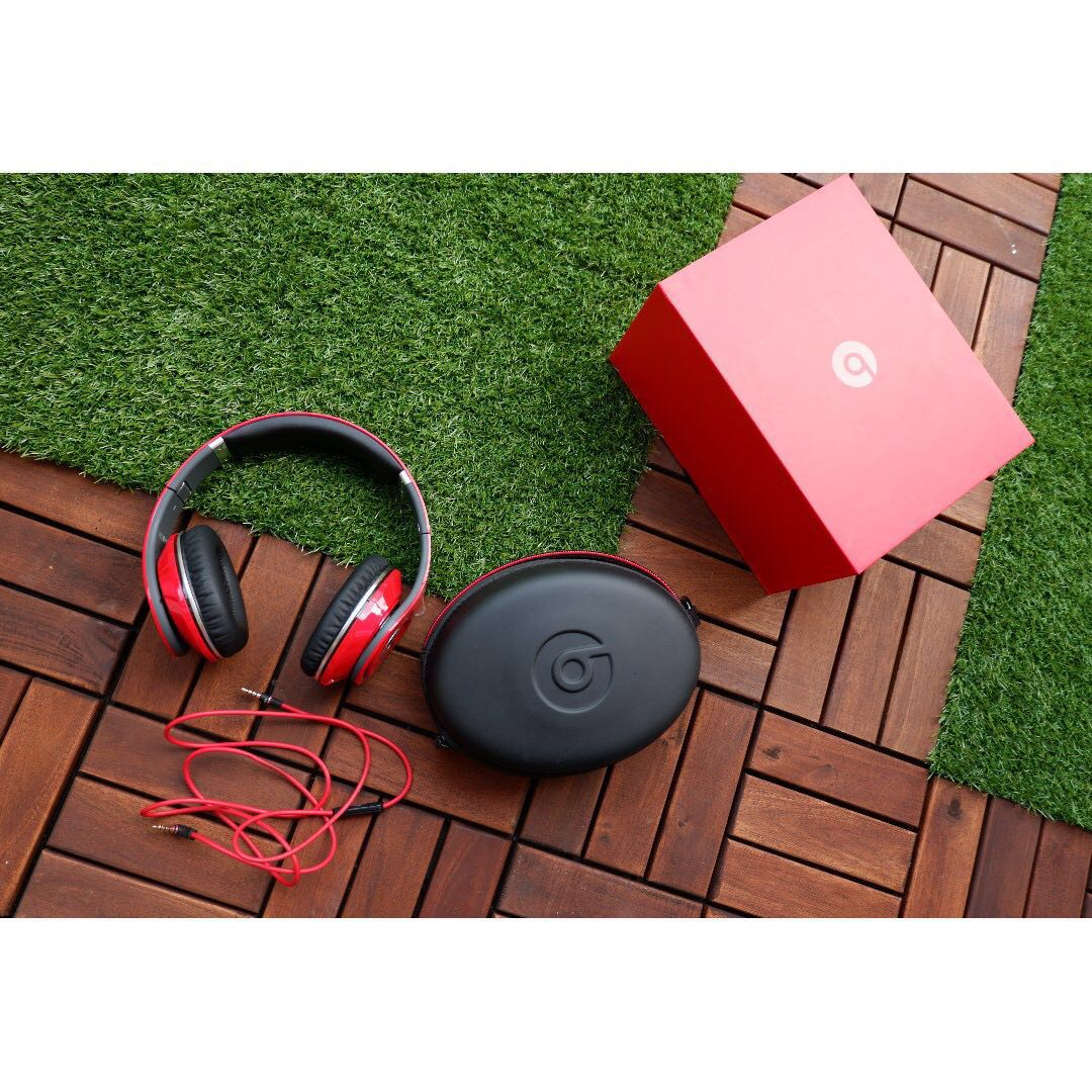 Beats By Dr Dre Studio 1 0 Over Ear Wired Headphone Red Noise Cancelling Electronics Audio On Carousell