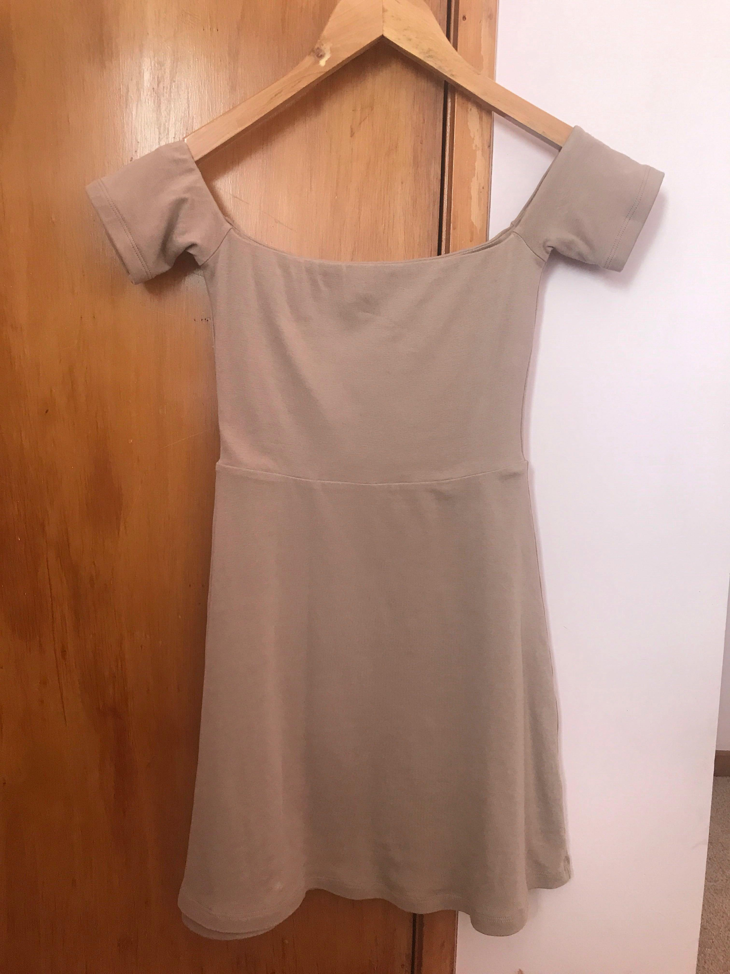 Cute Simple Off the Shoulder Dress - Size 6