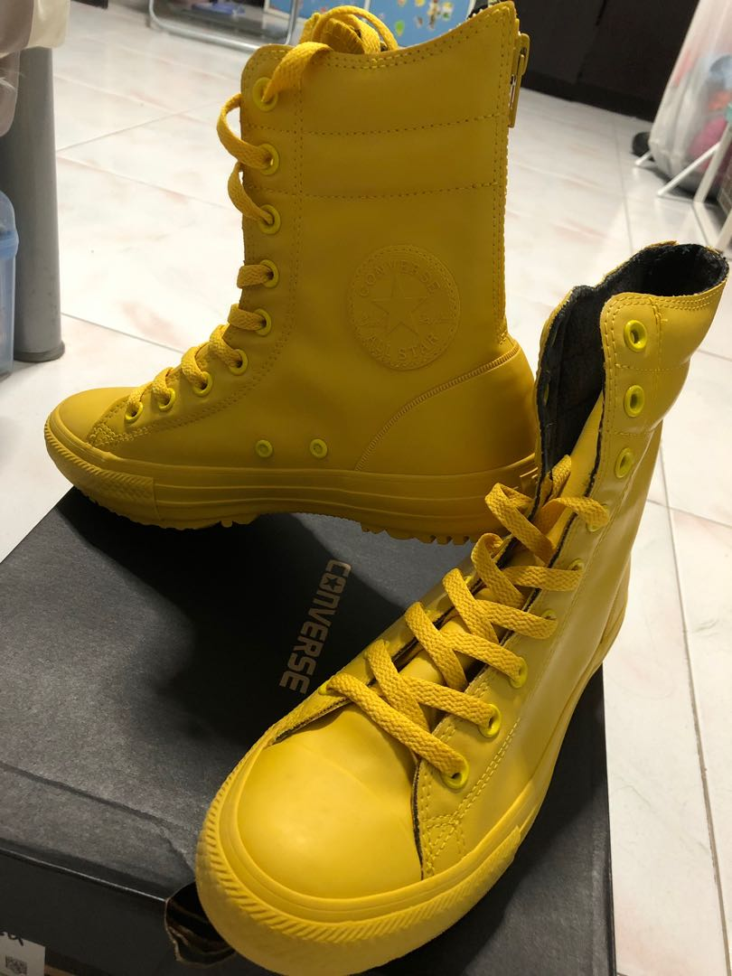 dc976af448b hi rise boot yellow bird, Women's Fashion, Shoes, Boots on Carousell
