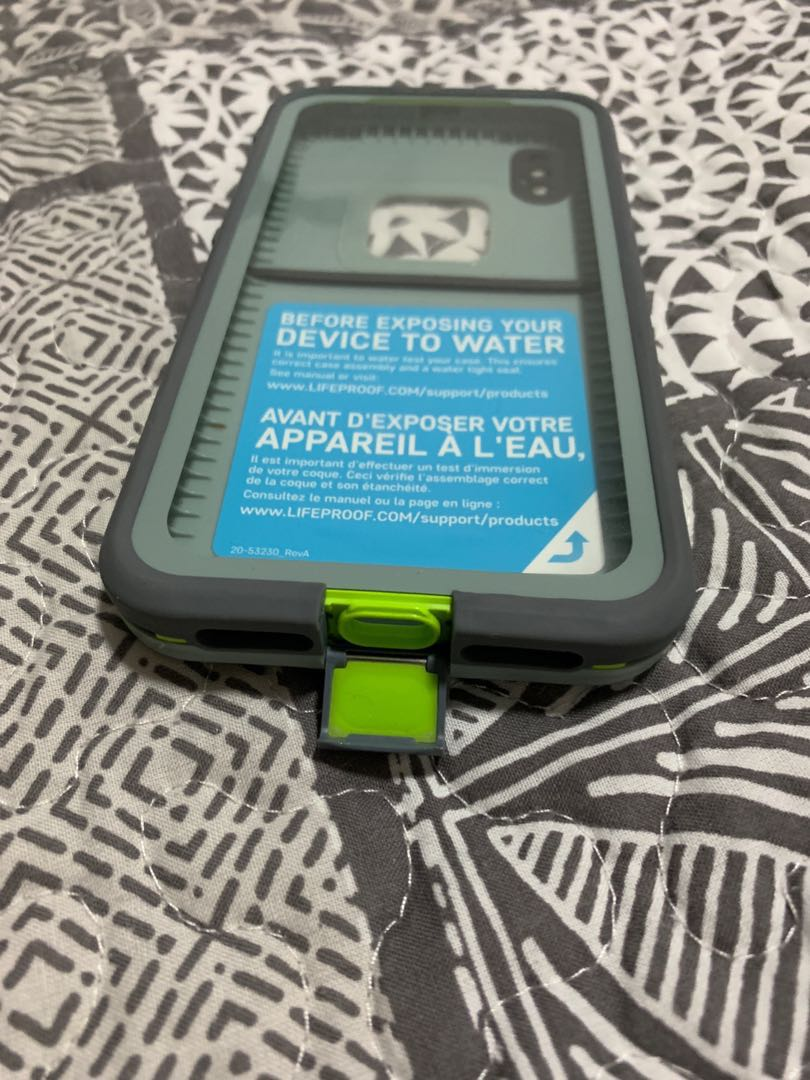 buy popular 40639 d63a0 Lifeproof for Iphone 10 only! (Authentic)