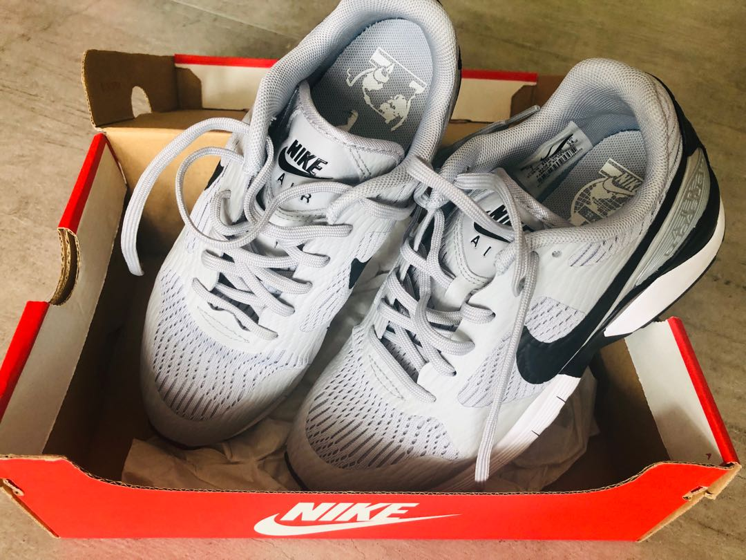 75fa4288bd540 Nike Air Pegasus UK 4.5  US7