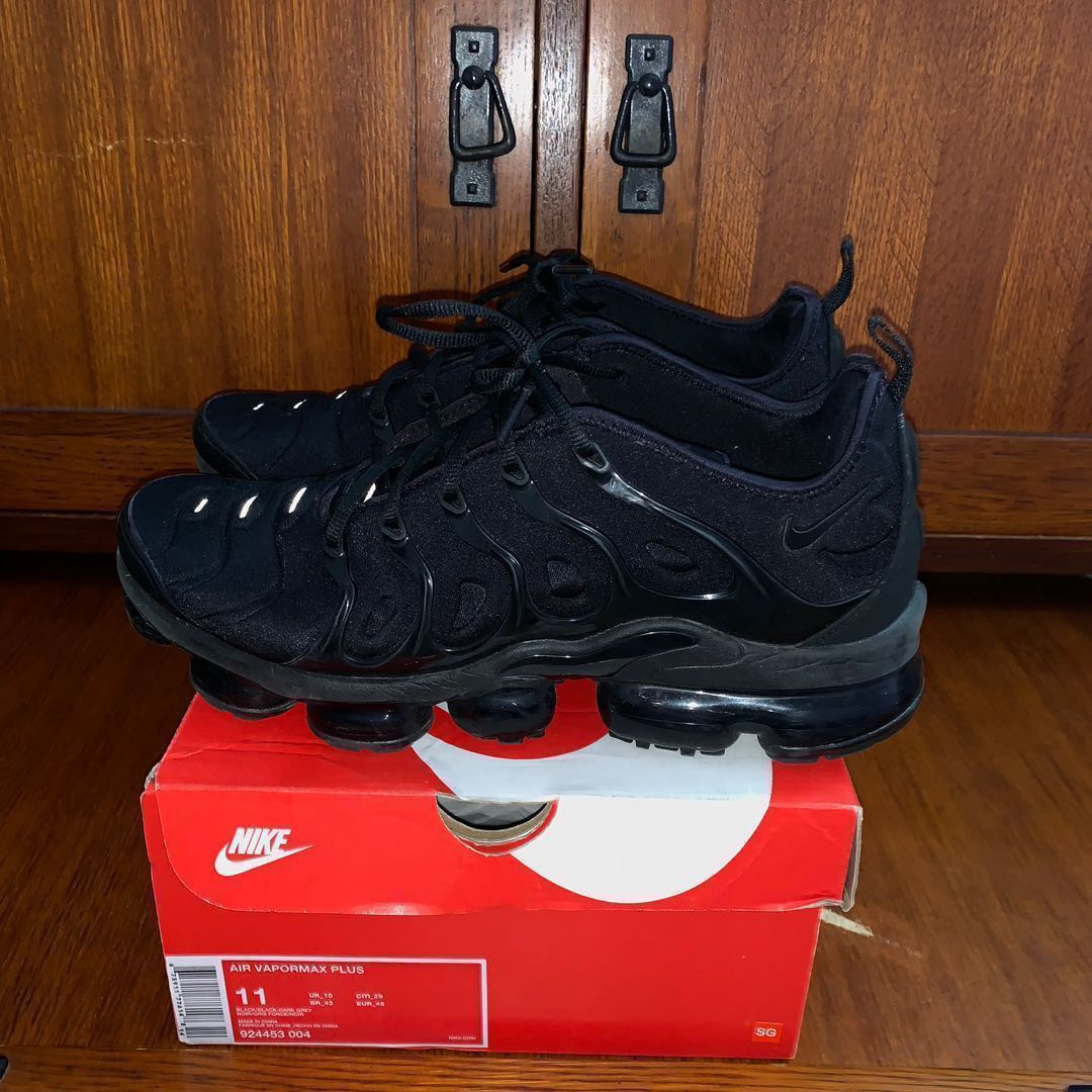 49414305145 Nike air vapormax plus, Men's Fashion, Footwear, Sneakers on Carousell