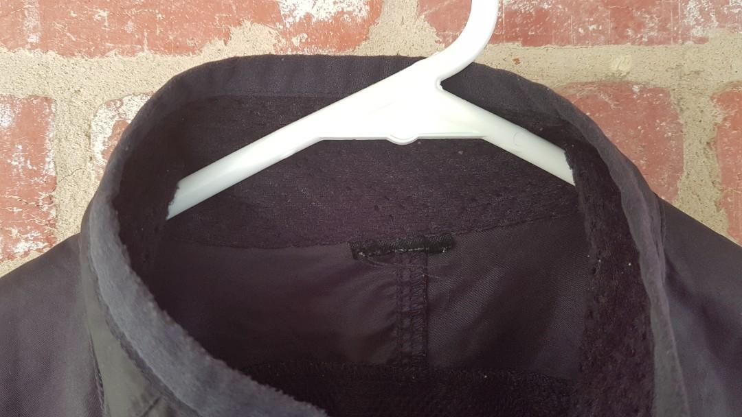 Nike Black Windbreaker Jacket Lightweight M/L FREE POSTAGE