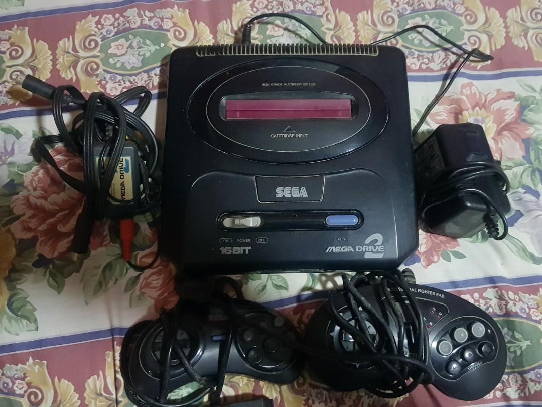 Spoilt Sega Genesis Mega Drive 2 / Megadrive 2 parts for