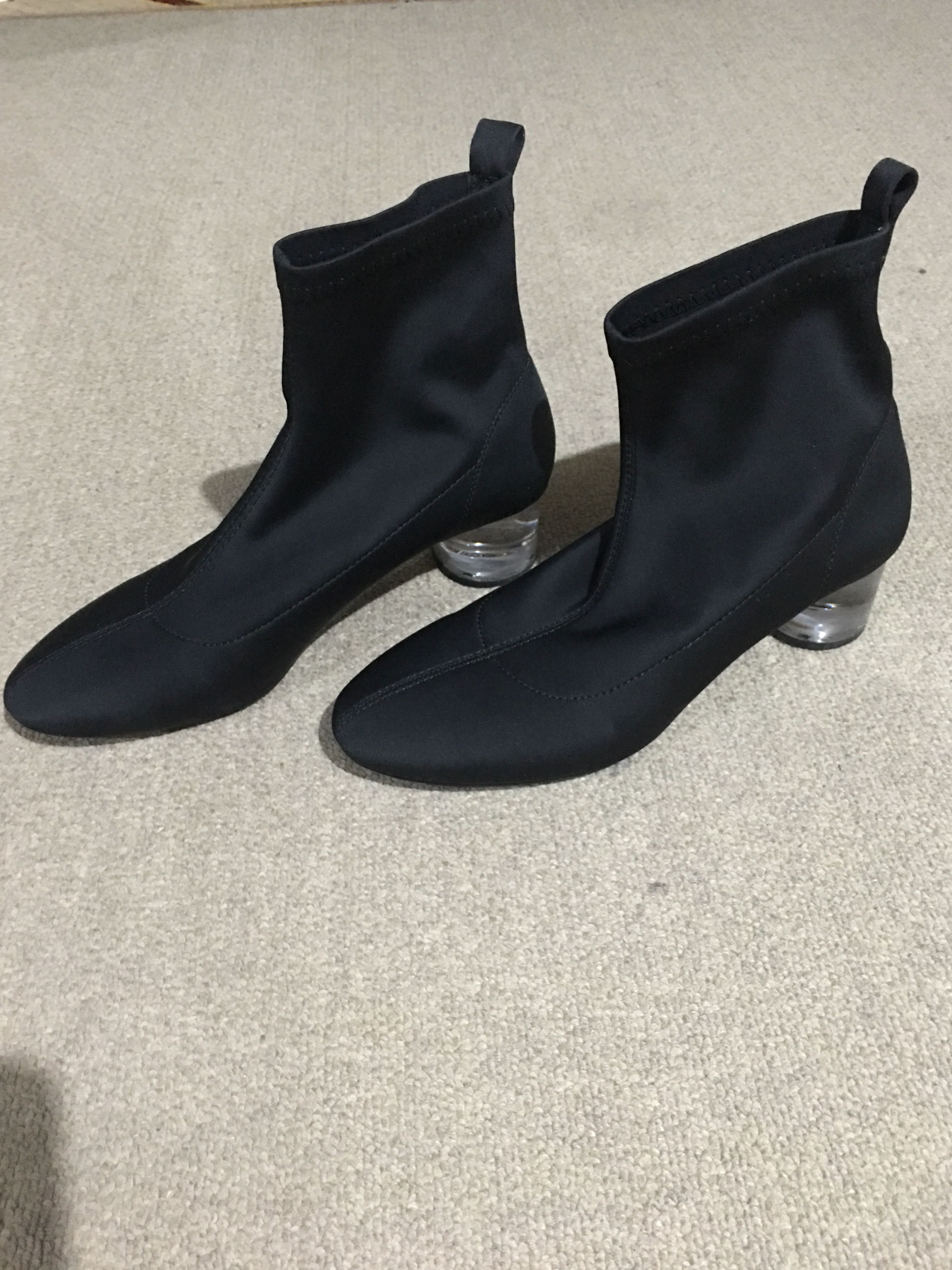 4c16102040 zara black comfy boots with methacrylate clear heel size us 7, Women's  Fashion, Shoes on Carousell